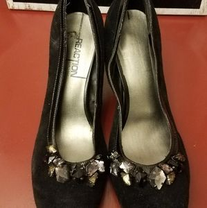 Size 7 Kenneth Cole Reaction Heels